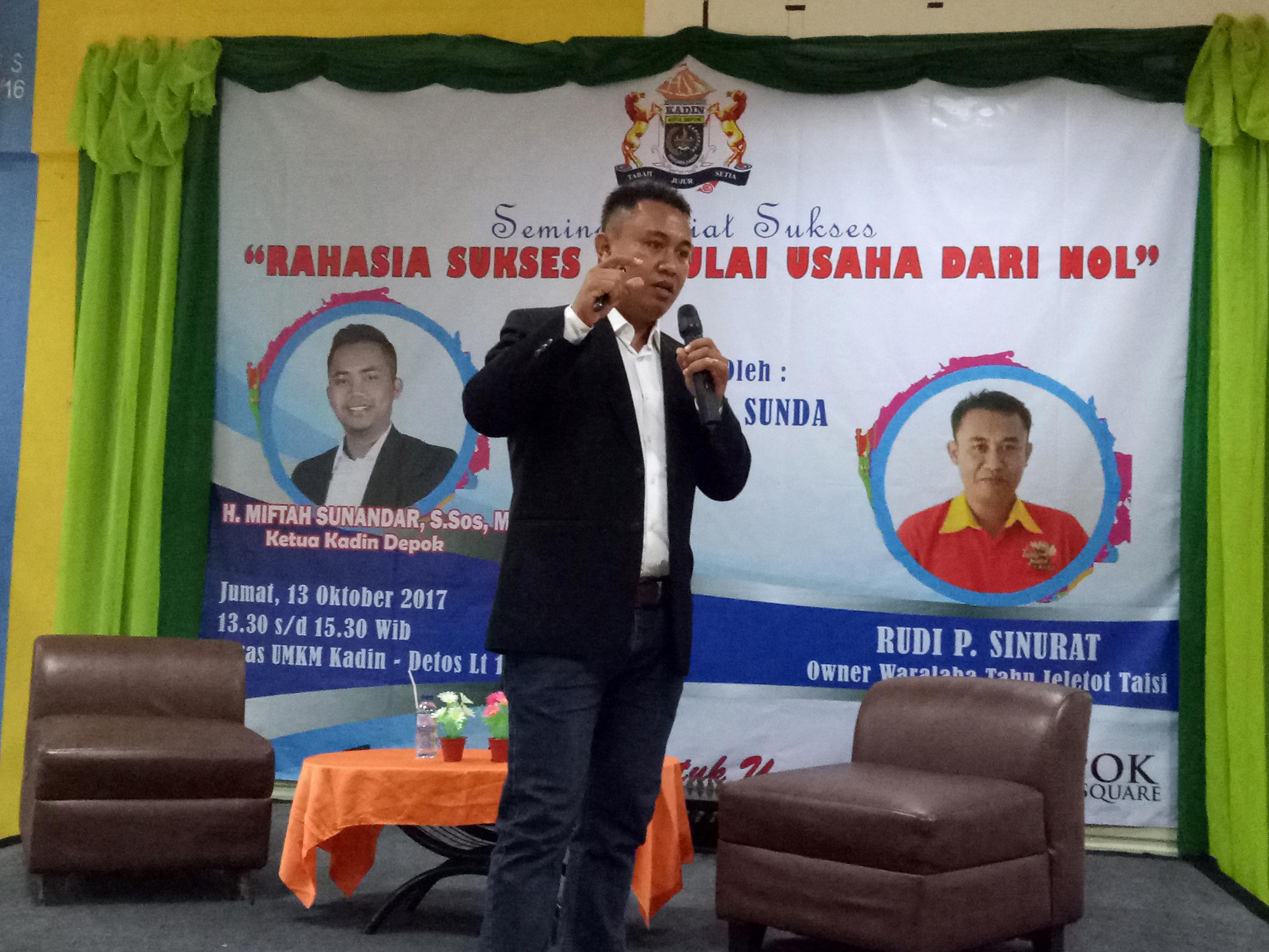 Rudi P. Sinurat bos waralaba Tahu Jeletot Taisi.