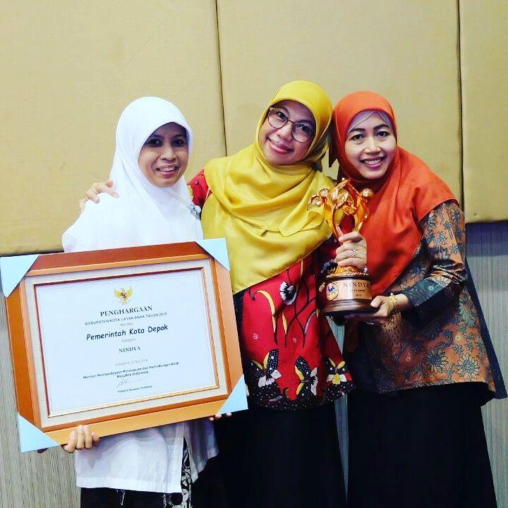Kota Depok kembali meraih penghargaan KLA kategori Nindya pada puncak HAN 2018 di Pasuruan Jawa Timur.