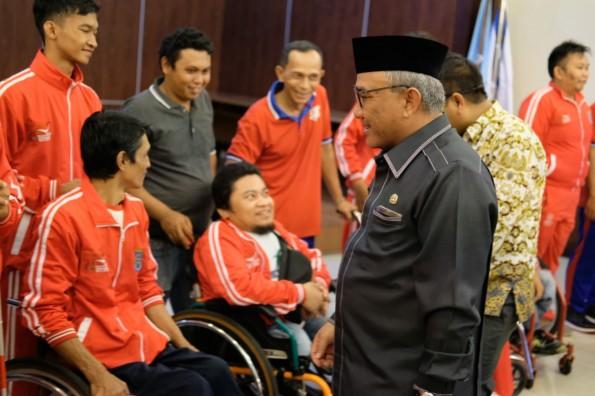 Walikota Depok Mohammad Idris melepas 51 atlet NPCI Kota Depok yang akan berlaga di Bogor.