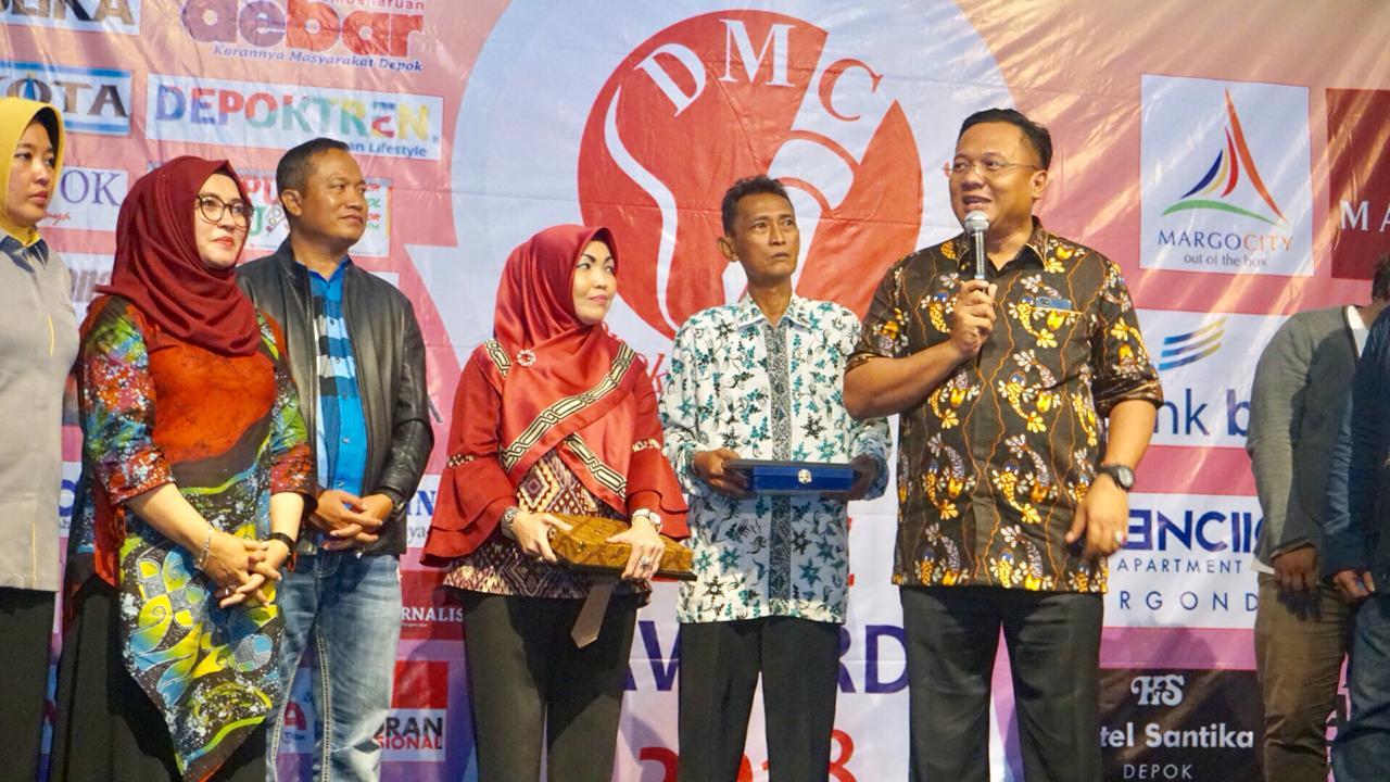 Wakil Walikota Depok Pradi Supriatna memberikan sambutan usai menyerahkan DMC Award 2018.